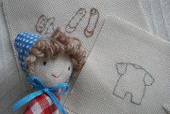 seorita campestre (las sandalias de ana) Tags: cute lana rojo doll bonecas broche handmade brooch artesanal softies gift vichy ragdoll mueca tela muecadetrapo muecadetela lassandaliasdeana