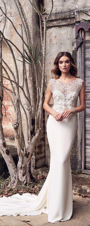 Lace wedding dress ivory january 2019 Anna Campbell  Wedding Dresses