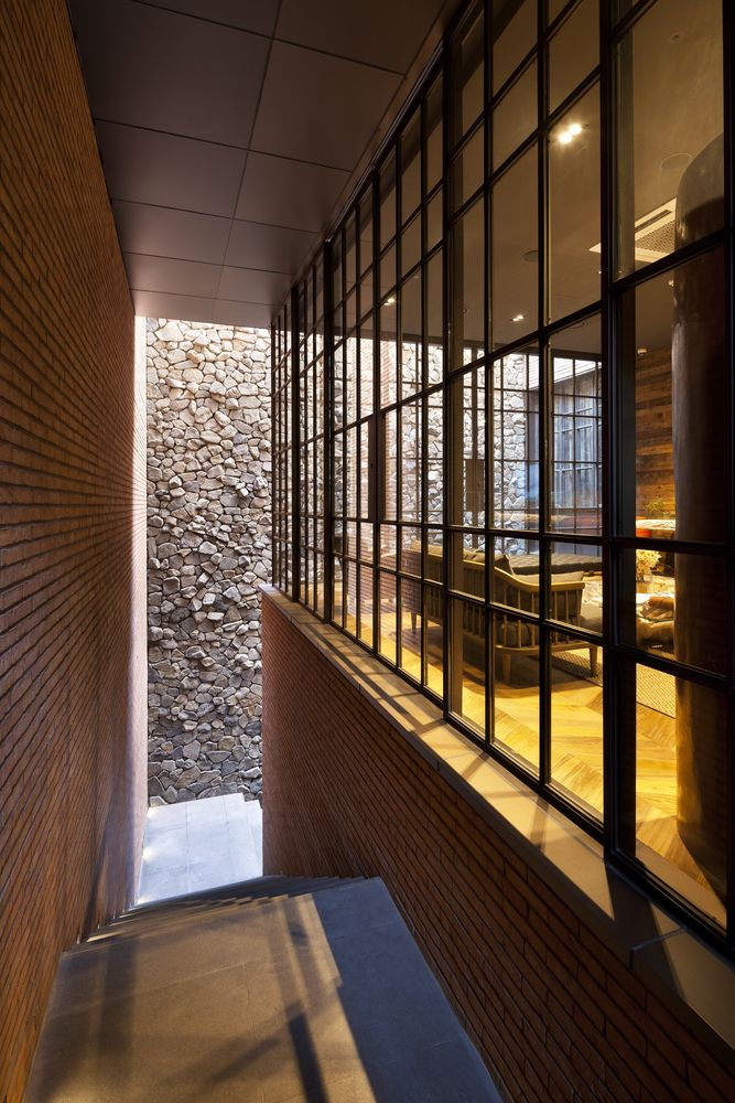 Gallery of 0914 Flagship Store / TRU Architects - 6
