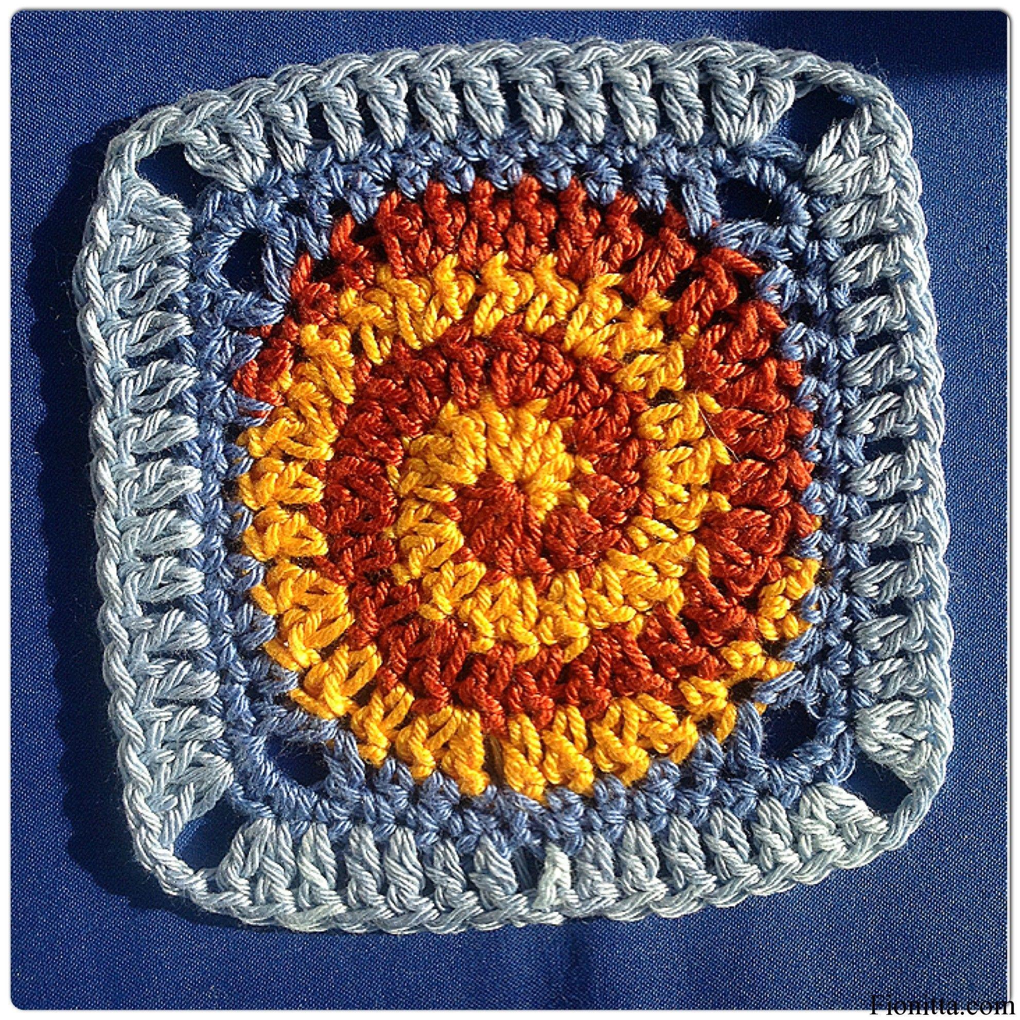 Free Crochet Pattern Spiral Granny Square : Crochet ~ Grannies (square) on Pinterest Granny Squares ...