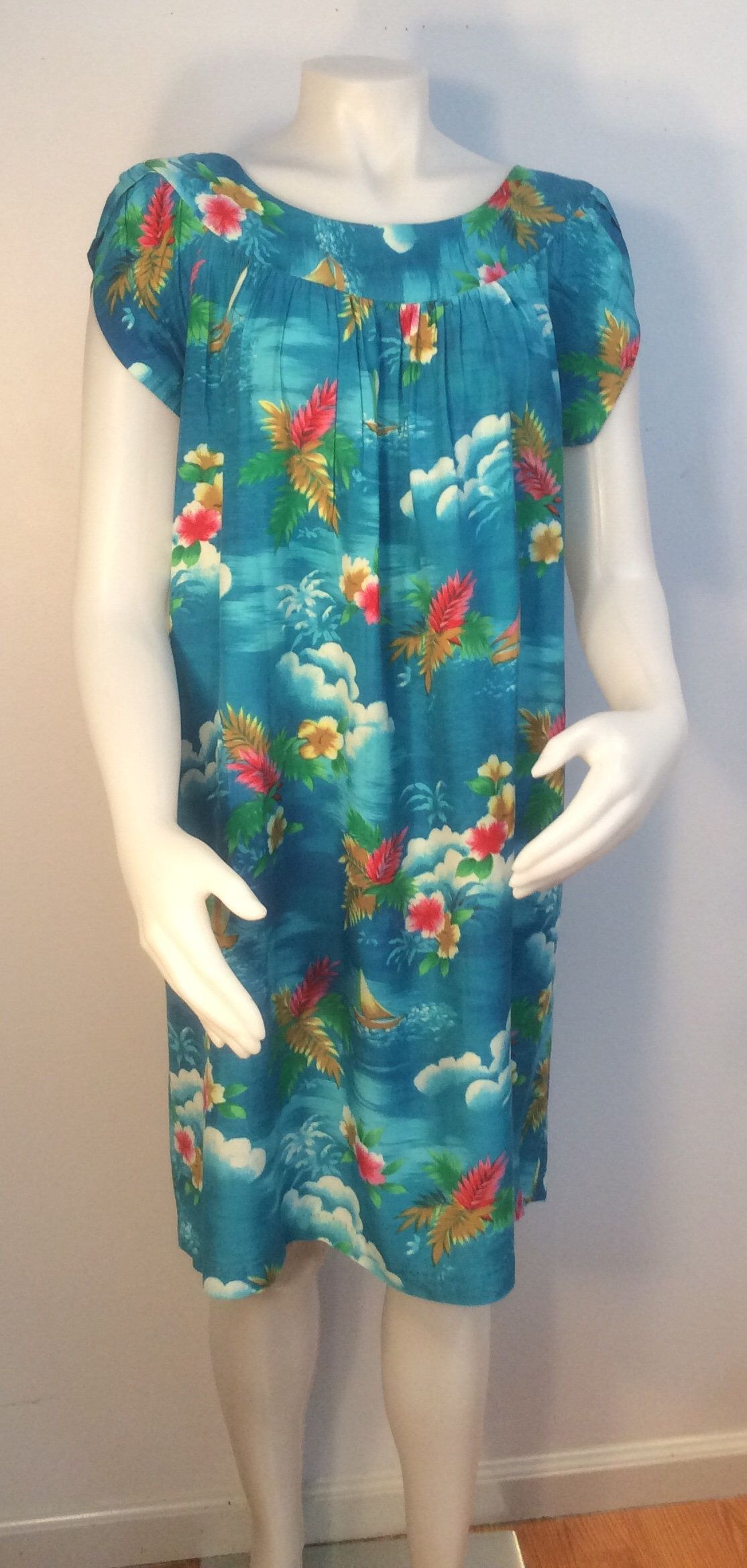 Hawaiian dress vintage turquoise flowers sail boats ocean clouds ...