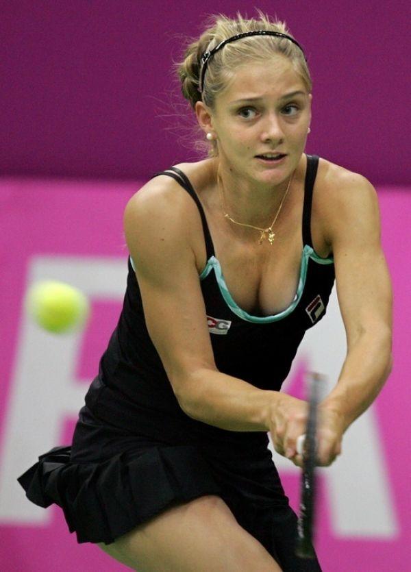 Anna Kournikova: The Russian tennis sensation, even after