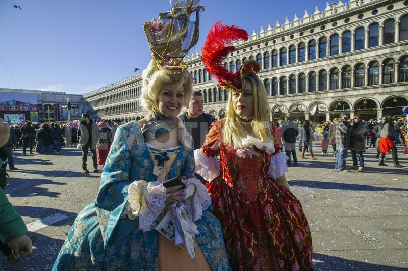 venice carnival - Поиск в Google