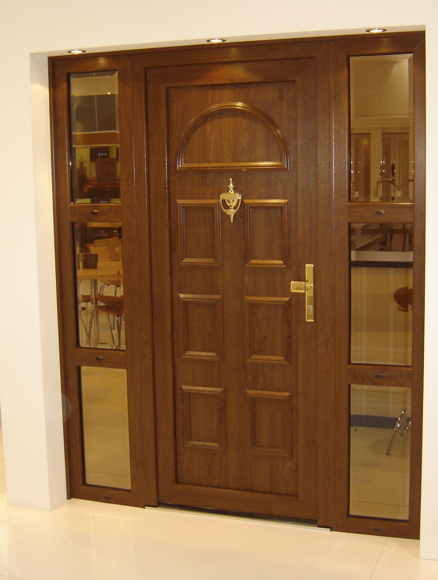 Puerta de calle de pvc veka con vidrieras laterales - Vidrieras para puertas ...