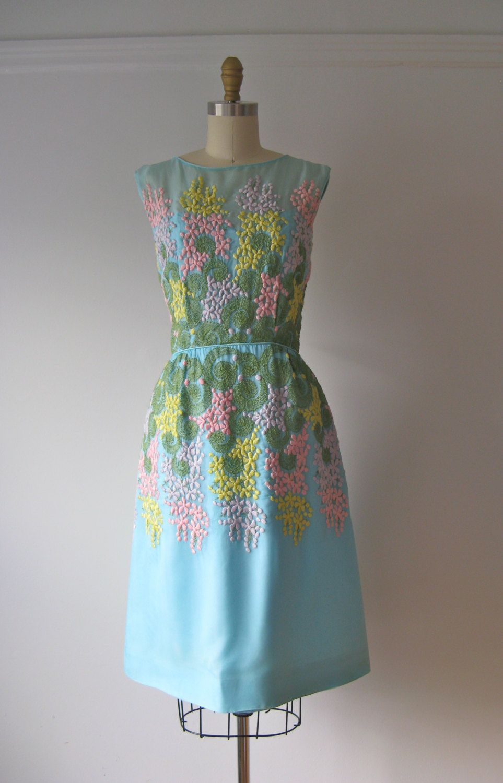 Vintage 1960s Dress 60s Party Dress Hanging Garden Etsy Vintage Dresses 1960s 60s Dress Dresses [ 1500 x 963 Pixel ]