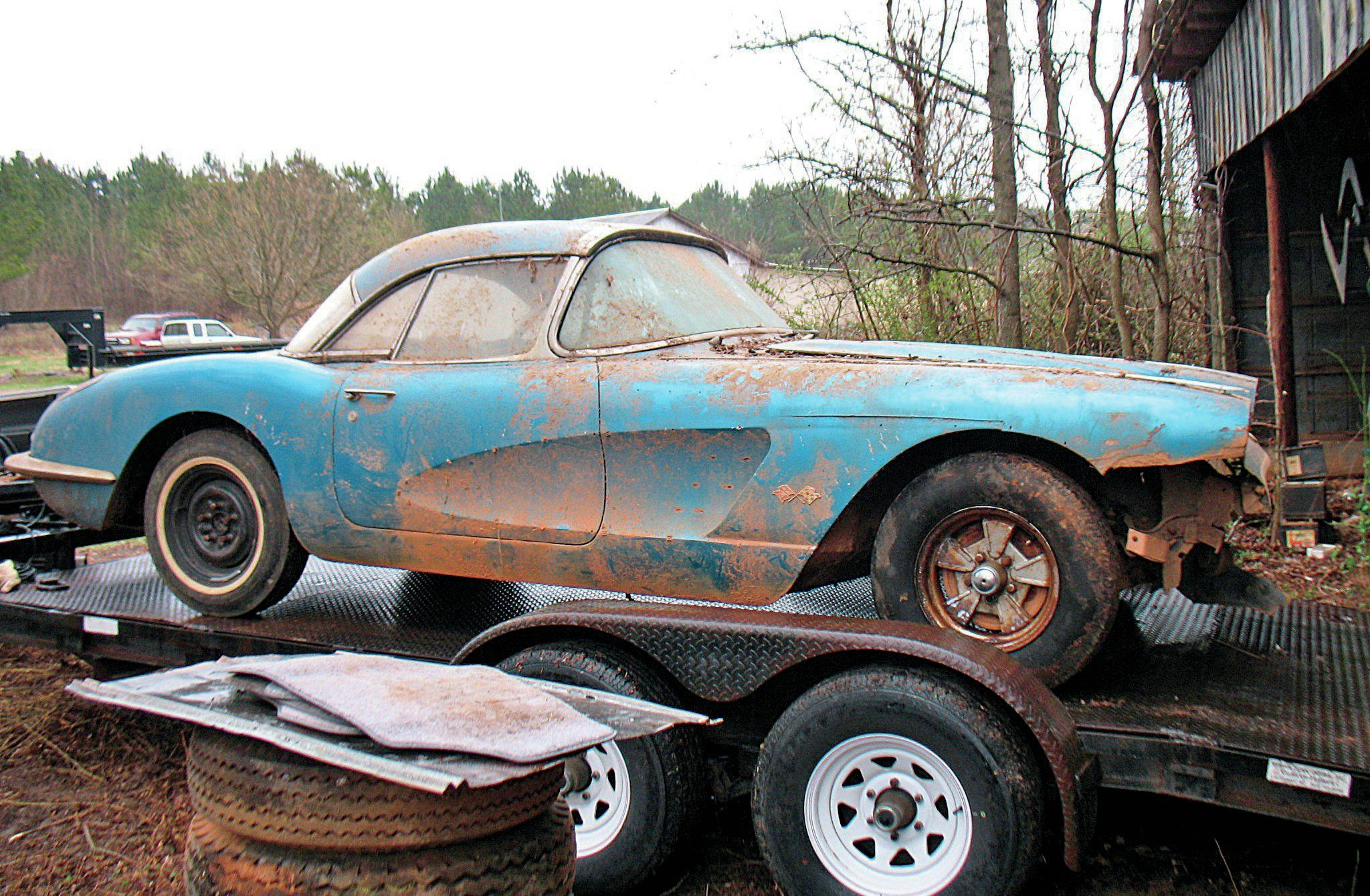 Barn Find 1959 Factory Fuelie Corvette Comes Out of Hiding After 44 ...
