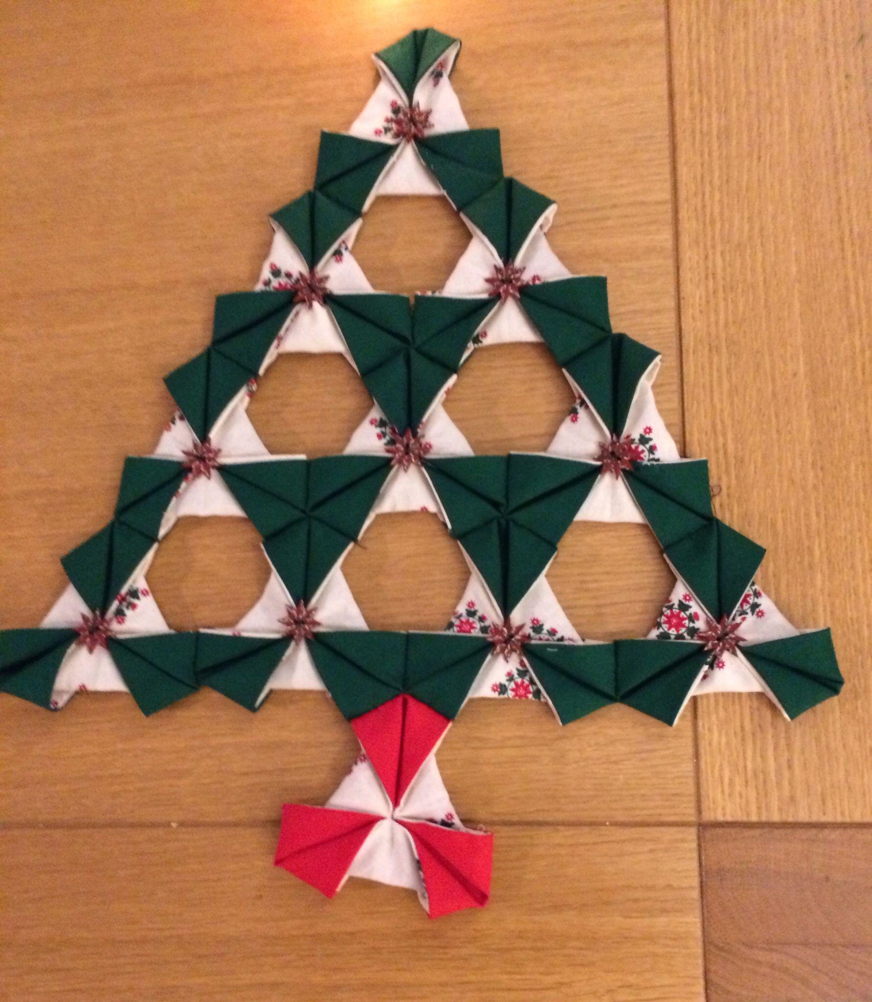 Folded fabric christmas tree - Origami Patchwork Christmas Tree