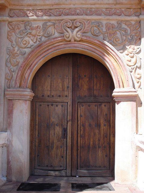 Dsc00130 Medieval Door Beautiful Doors Architecture Details