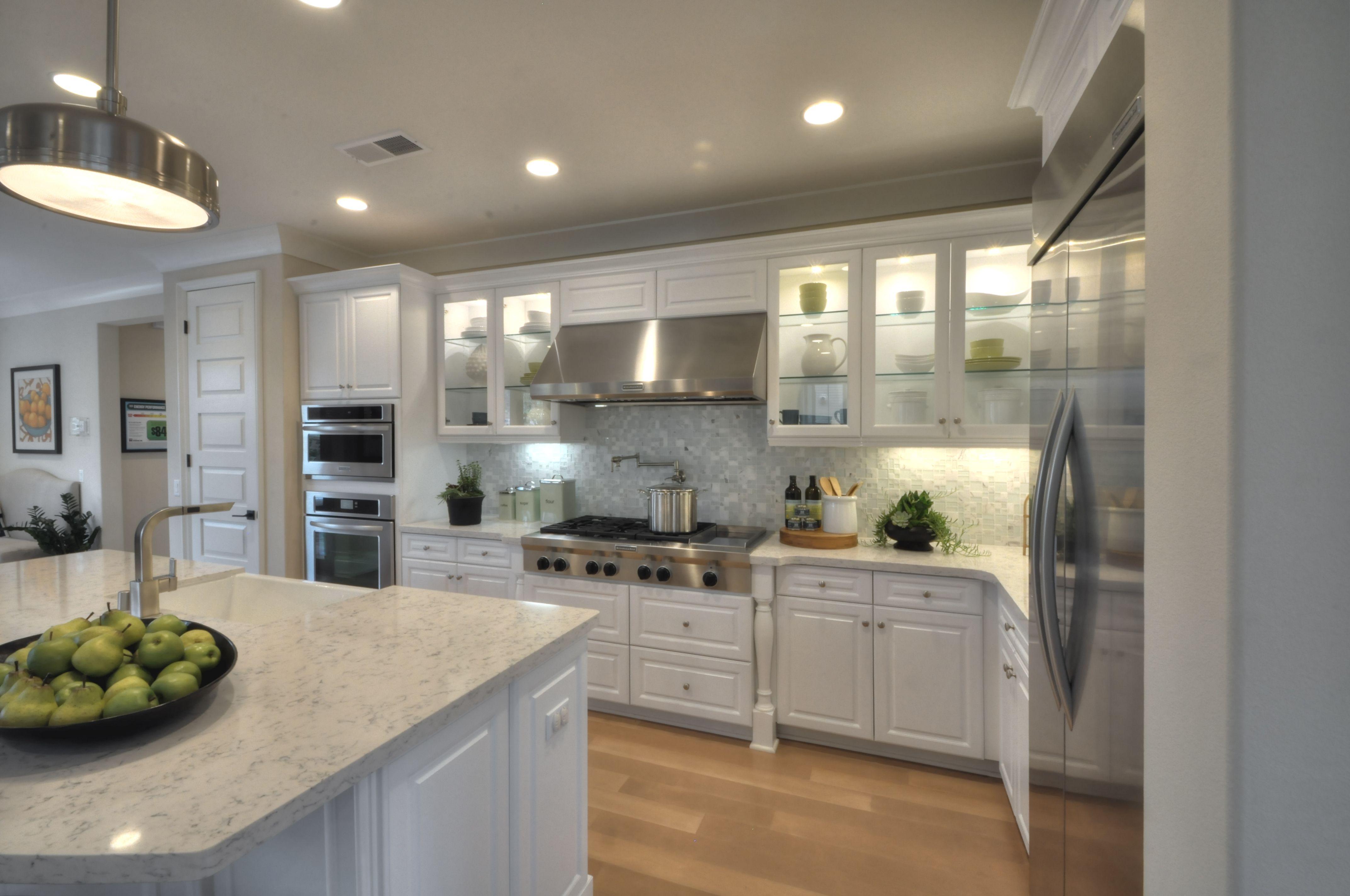 Our Thermofoil Hamilton Door Style in White   Kitchen ...