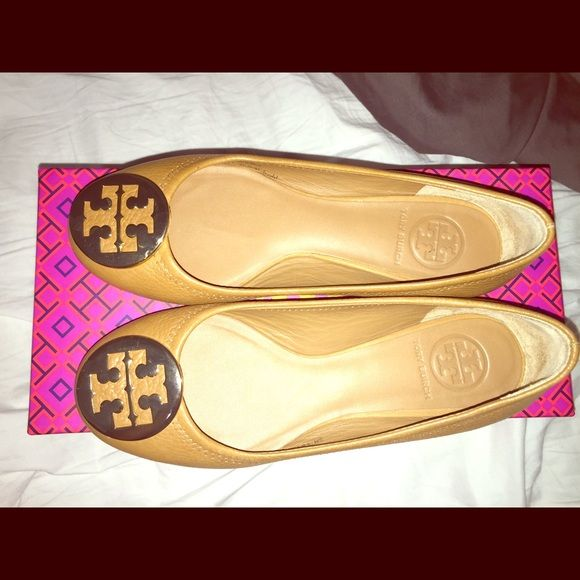 Tory Burch Reva Flats Semi-new Reva Flats! Worn only 3 times but still in mint condition. Color is royal tan with gold Tory Burch logo. Size is 5.5 U.S. but can also fit those who wear size 6 U.S. Tory Burch Shoes Flats & Loafers