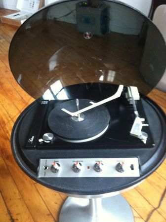 Electrohome Saturn Space Age Stereo From The1970s Music