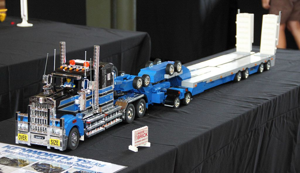 brickvention 2013 kenworth truck lego technic lego. Black Bedroom Furniture Sets. Home Design Ideas