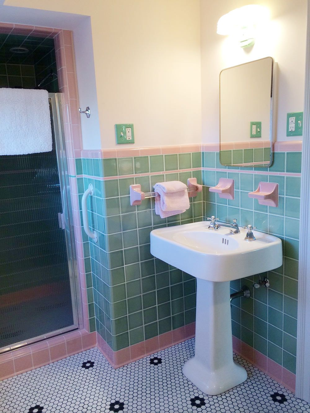 See Jane Design A Vintage Style Green And Pink Tile Bathroom For Her 1939 Brick Colonial House Retro Re Vintage Bathrooms Green Bathroom Pink Bathroom Tiles