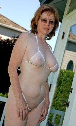 Sex Milf Bikini