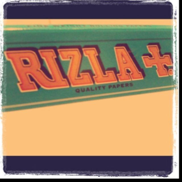 #Rizla #smoke #fumo #cigarettes # sigarette