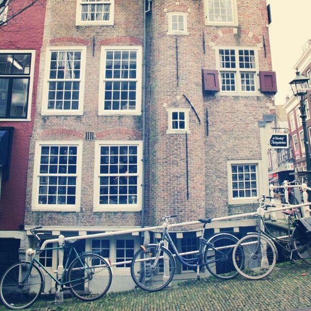 Bikes, Delft