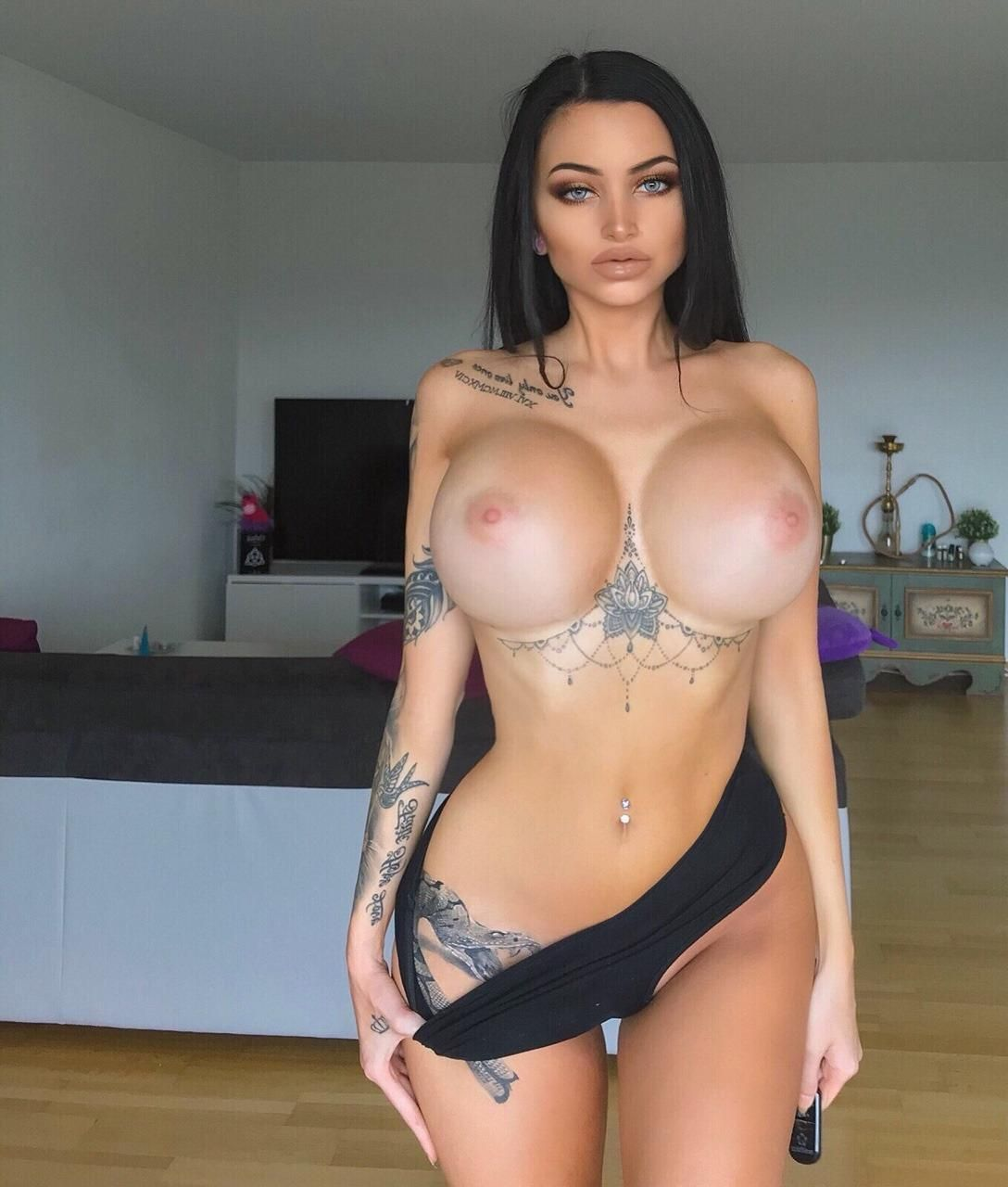 Young Tits Celine Centino  naked (97 pictures), Snapchat, swimsuit