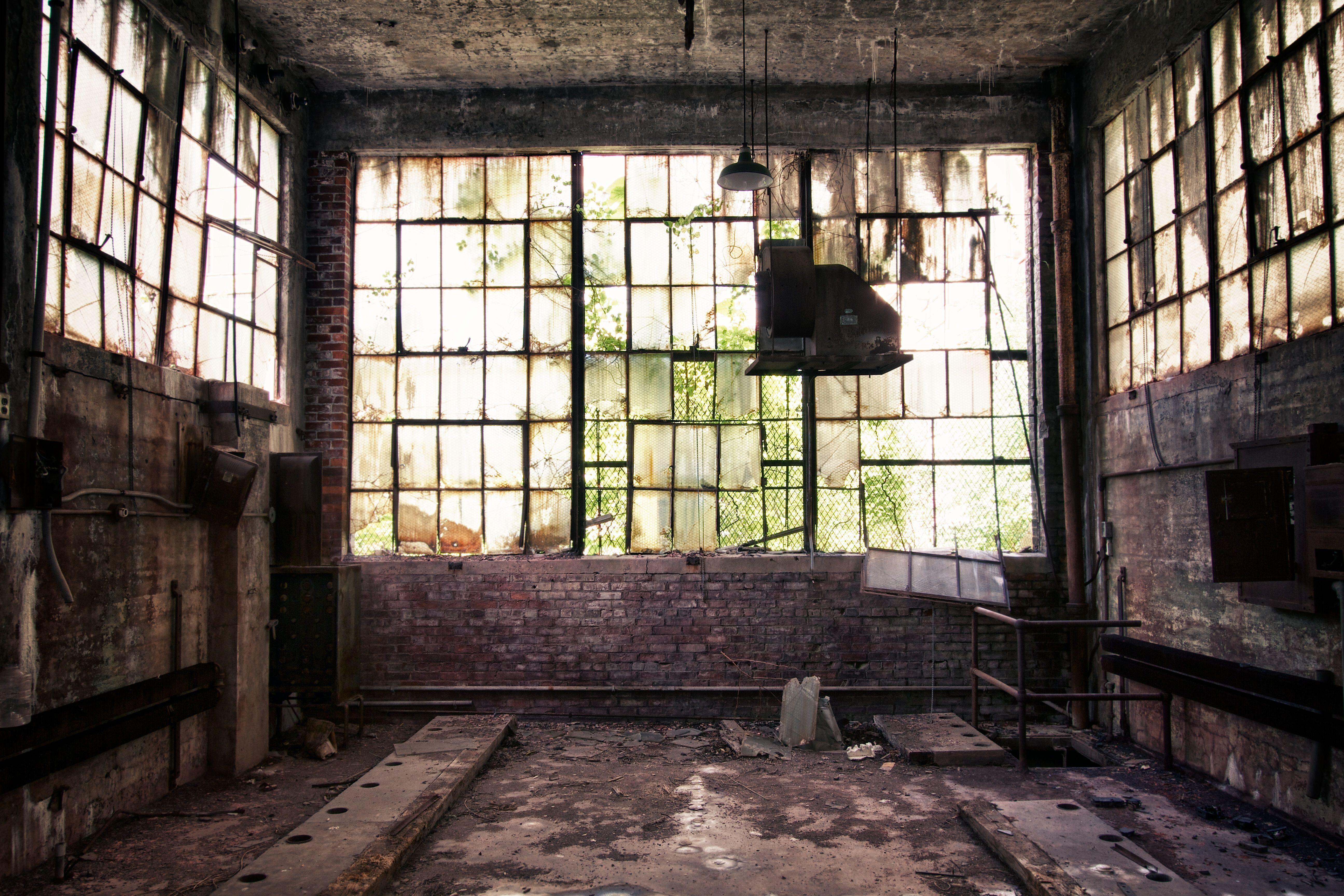 Images For > Inside Abandoned Factory | Abandoned ...  Images For >...