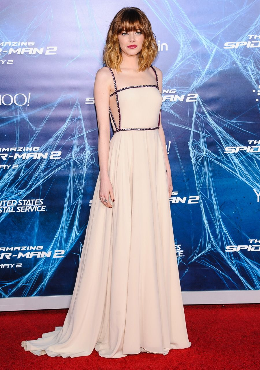 Emma Stone in a minimal Prada gown...this look is amazing, I love ...