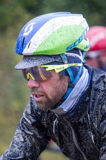 TOA 2015 Michael Matthews Gets coated with mud (Jonathan Devich/epicimages.us)