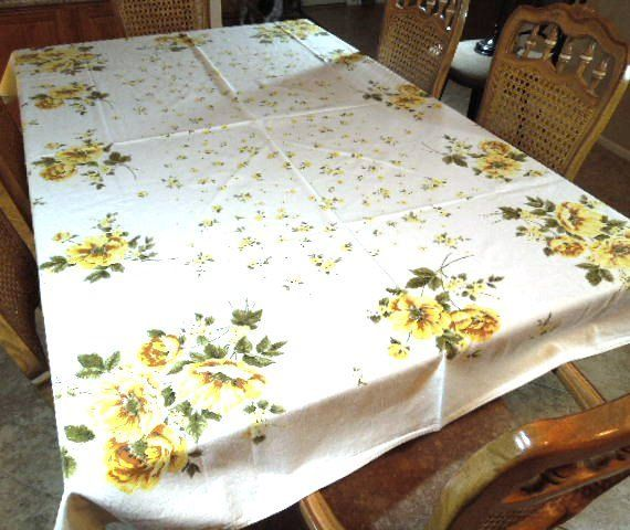 Vintage Cotton Floral Table Cloth 80 X 60 Table By ReneesRetro
