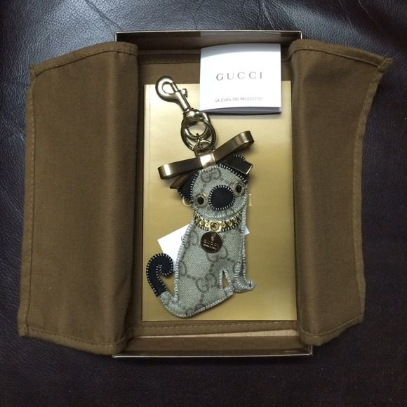 e324759a47c9 🎉Host Pick🎉 GUCCI Oliver Pug Dog Charm Key chain Gucci pug dog  embellished key