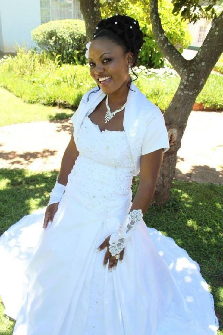 Magnificent Wedding Gowns For Hire Motif - Wedding Dress Ideas ...