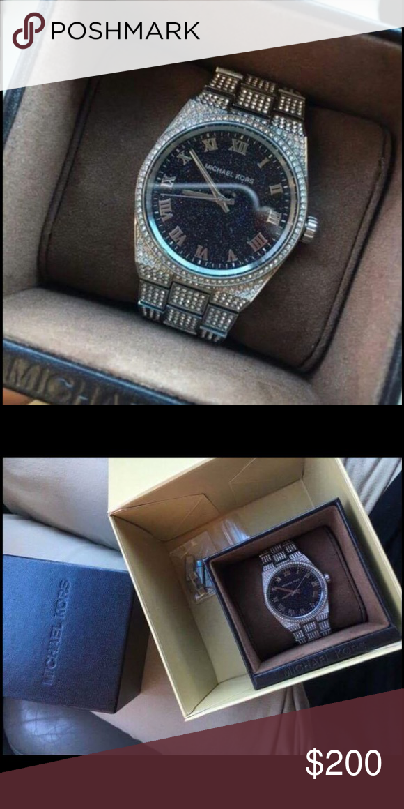 Michael Kors Watch Like new! I only wore it like 3 times. My ex bought it for me and I hate him with a fiery passion so I'm selling it😂 was $475 I'll sell it for $200 or best offer! I kept the box as well as the little book that came with it and chain links to adjust size! I have it like it was when it was new! Michael Kors Accessories Watches