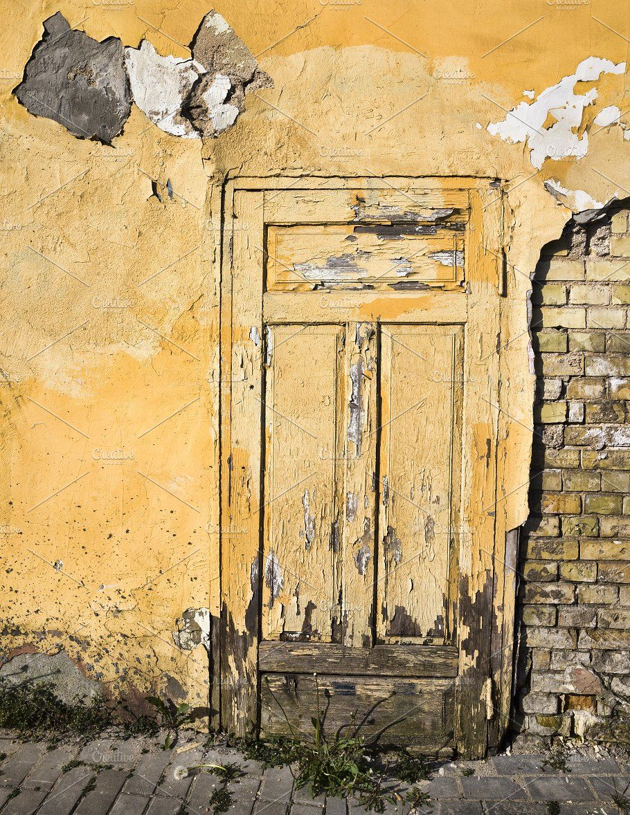 Closed Yellow Wooden Door By Rsooll Wooden Doors Old Bricks