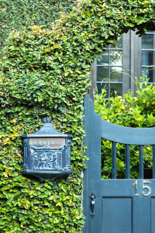Hueandeyephotography Letter Box By A Garden Door Charleston