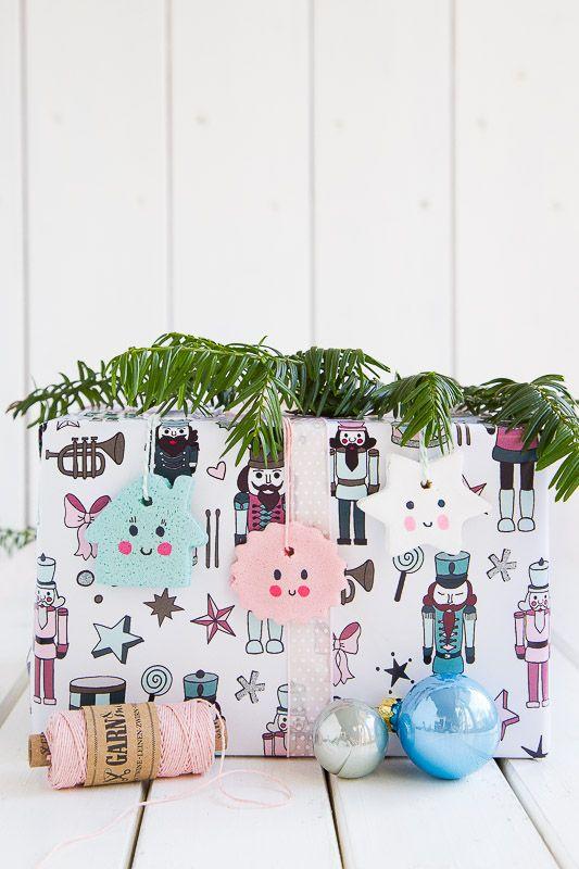 Anhnger fr weihnachtsbaum und geschenke aus salzteig selber machen anhnger fr weihnachtsbaum und geschenke aus salzteig selber machen wrapping ideasgift wrappingsalt doughchristmas diychristmas solutioingenieria Images