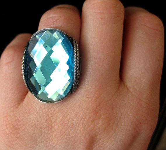 #HardCandyGemsLuulla      #ring                     #Turquoise #Glass #Ring, #Faceted, #Brig.. #Luulla  Turquoise Glass Ring, Faceted, Brig.. on Luulla                               http://www.seapai.com/product.aspx?PID=1163996