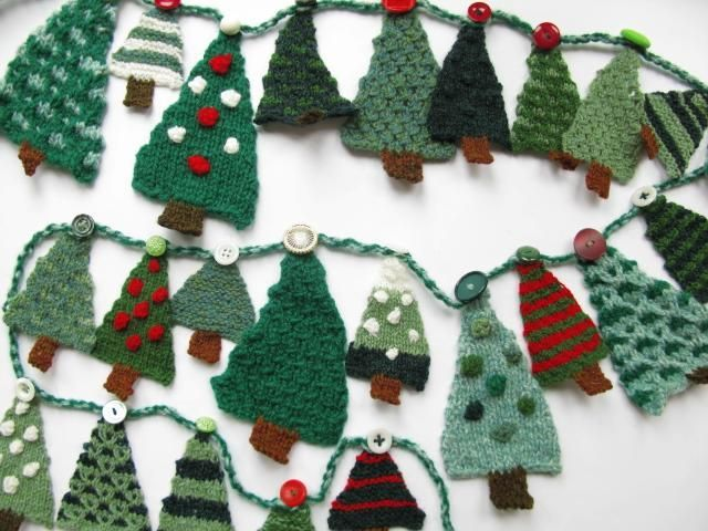 Check Out Popular Patterns On Craftsy Knitted Christmas Decorations Christmas Tree Garland Christmas Knitting
