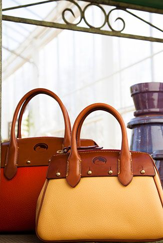 Dooney Bourke Handbags 3 Más