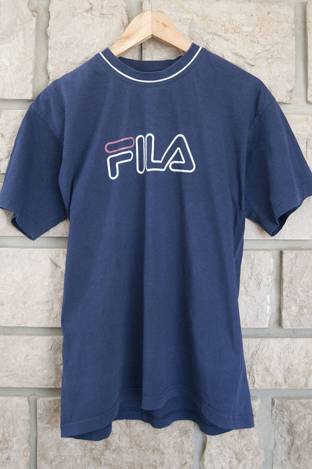 5f854bc31 Vintage blue tshirt for mens. This short sleeve t shirt is from the Fils  brand. In cotton, size XL. #tshirt #teeshirt #vintagefashion #vintage  #mensfashion ...