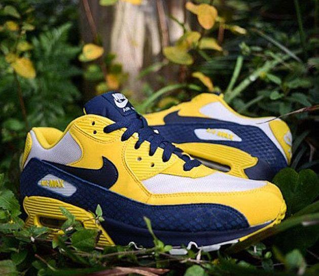 check out ef8c1 6a5d7 Nike Air Max 90-Michigan  sneakers  kicks