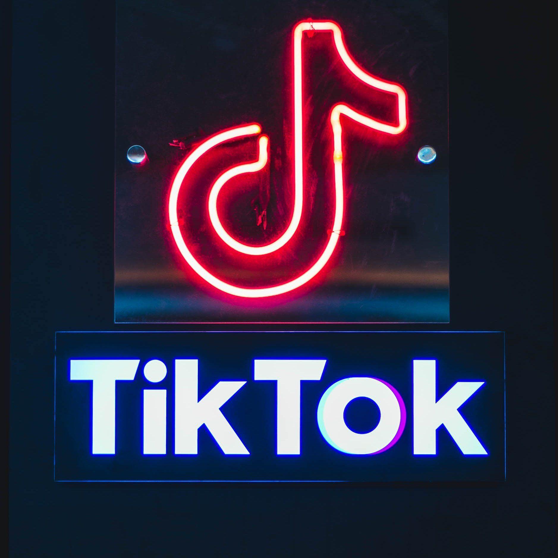Red Neon Tiktok Icon Google Search Wallpaper Iphone Neon Neon Wallpaper Iphone Wallpaper Vintage