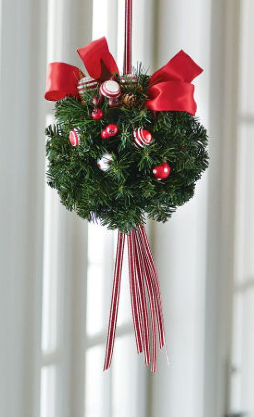 DIY Holiday Kissing Ball | Holiday Décor & DIY | Pinterest ...