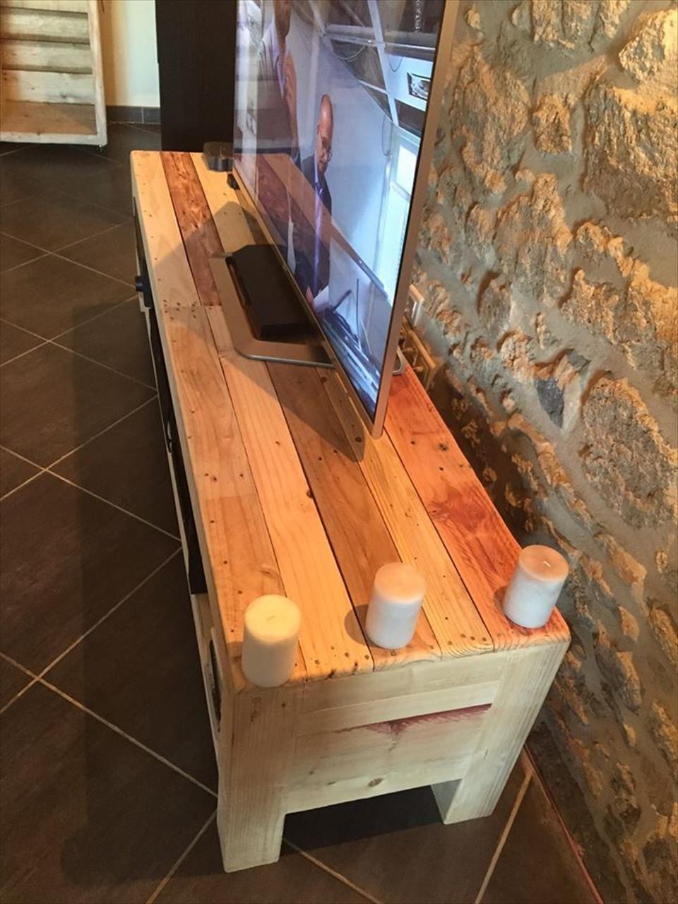 Pallet Tv Console Media Stand Id E Bricolage Bricolage Et Palette # Meuble Console Pour Tv
