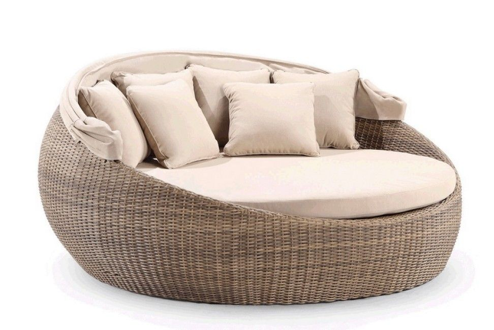 Extra Large Newport Round Daybed With Canopy Temple Webster Daybed Canopy Outdoor Daybed Daybed