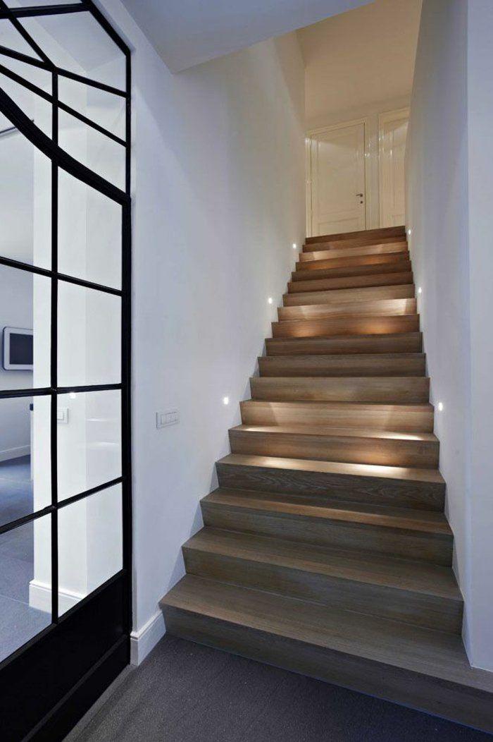 beleuchtung treppenhaus l sst die treppe unglaublich sch n erscheinen treppen. Black Bedroom Furniture Sets. Home Design Ideas
