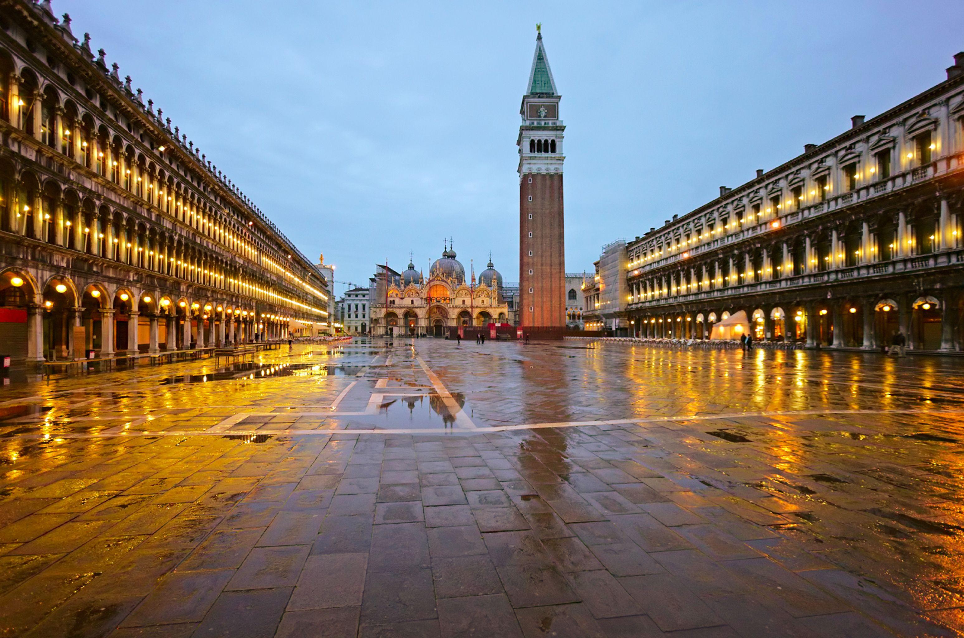 Dear Jetsetters, come visit me. Love, Venice Venice