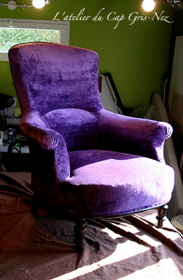 one day i want velvet chair and to sit in it in a lovely little