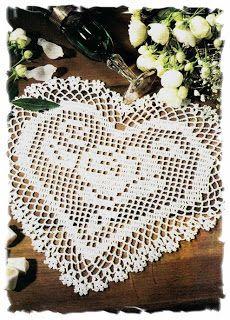 http://luncinettodicristina.blogspot.com: Buon San Valentino!!! Il bellissimo regalo da Dinorah e poi un bel centro a filet