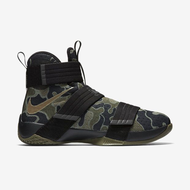 purchase cheap 118a9 c0e2b Nike Zoom LeBron Soldier 10 SFG Men s Basketball Shoe