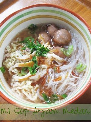 Misop Ayam Medan ~ Chicken noodle soup from North Sumatera, Indonesia