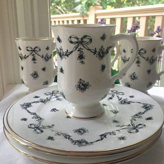 Juego de té para 4 real Victoria tazas y placas rosas negras con guirnaldas y arcos