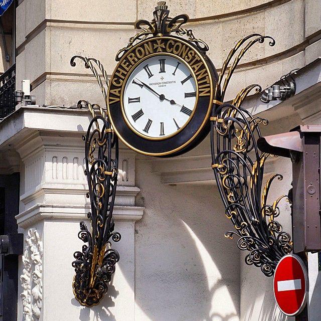 Os detalhes são importantes. Rue Danielle Casanova. #paris #DicasDeParis #conexaoparis
