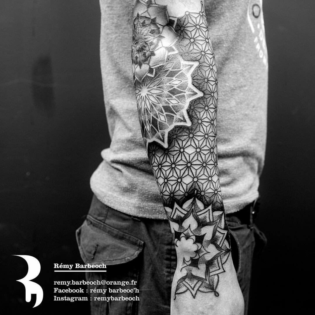 arm tattoo 01 tattoo tattoos pointillism tattoo. Black Bedroom Furniture Sets. Home Design Ideas