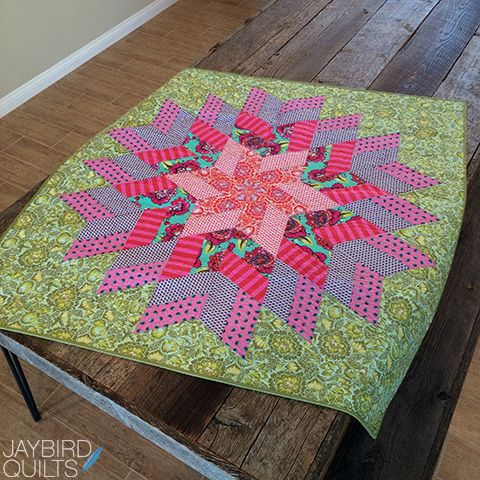 Jaybird Quilts Glimmer Quilt, made with the Super Sidekick ruler ... : online quilt shops - Adamdwight.com